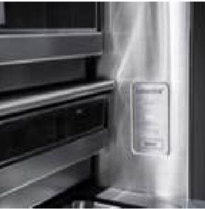 Custom Chill™ Fach: großes Fassungsvermögen, individuell regelbare Temperatur